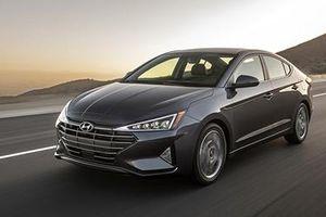 Hyundai Elantra được triệu hồi vi có thể bị văng bánh khi đang chạy