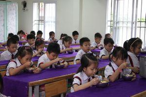Chuẩn hóa thực đơn bán trú tiểu học bằng phần mềm