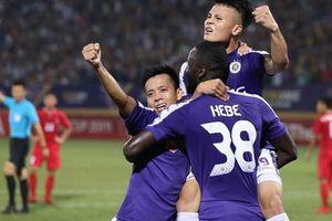 Quang Hải: 'Không chỉ Văn Quyết, nhiều cầu thủ khác cũng xứng đáng với danh hiệu'
