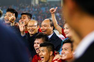 Hôm nay công bố hợp đồng với thầy Park: Sinh ra là để dành cho bóng đá Việt Nam