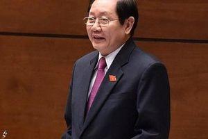 Chất vấn Bộ trưởng Nội vụ Lê Vĩnh Tân: Cử tri 'kêu' văn bằng, chứng chỉ không khác gì 'giấy phép con'