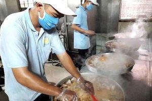 Quản lý an toàn thực phẩm: Cần có sở chuyên trách