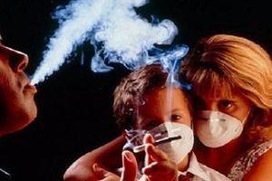 40% trẻ em Việt Nam thường xuyên tiếp xúc thuốc lá thụ động