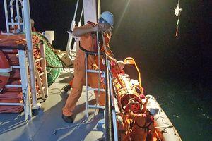 Trong đêm cứu ngư dân bị đứt lìa bàn chân