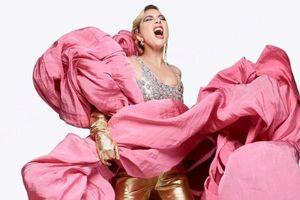 Lady Gaga nổi loạn trong bộ ảnh mới của tạp chí thời trang danh tiếng