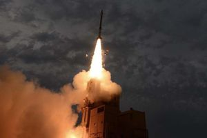 Nga 'vớ bẫm' khi thu được tên lửa 'quý hơn vàng' của Israel đánh rơi ở Syria?