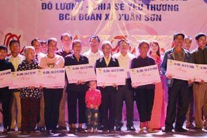 Nghệ An: Đêm nhạc thiện nguyện quyên góp gần 124 triệu đồng giúp các gia đình khó khăn