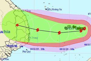 Vì sao bão số 6 liên tục đổi hướng, hoạt động phức tạp?