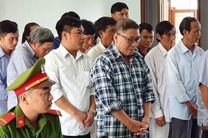 Cựu Chủ tịch UBND huyện Đông Hòa và thuộc cấp tiếp tục hầu tòa