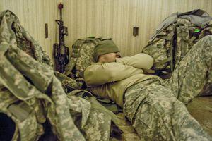 Phương pháp giúp bạn chìm vào giấc ngủ chỉ sau 2 phút của lính Mỹ