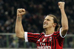 Ibrahimovic trên đường gia nhập AC Milan