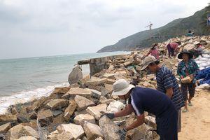 Bình Định: Quyết liệt di dời dân đến nơi an toàn trước khi bão số 6 đổ bộ
