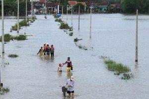 Khánh Hòa, Bình Định cấm biển, cho học sinh nghỉ học tránh bão số 6
