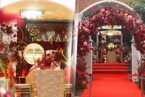 Sắc đỏ ngập tràn tư gia Ông Cao Thắng trước giờ G rước cô dâu Đông Nhi về nhà