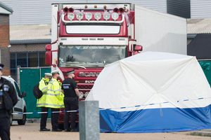 Cảnh sát Anh xác định danh tính 39 nạn nhân người Việt
