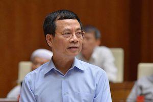 Bộ trưởng Nguyễn Mạnh Hùng: Sẽ có luật xử lý tin giả trên mạng xã hội