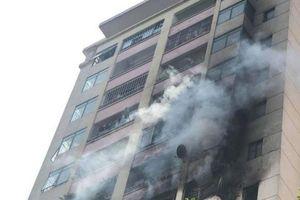 Kịp thời dập tắt đám cháy tại Làng quốc tế Thăng Long