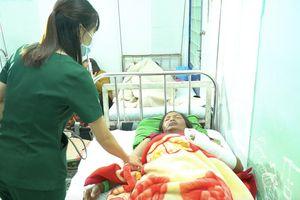 Nổ đầu đạn làm 9 người bị thương tại xã biên giới Đăk Nhoong
