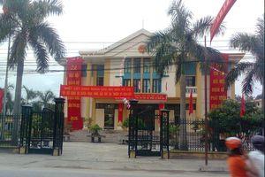Nhiều khoản thu ngoài quy định, lãnh đạo huyện Đoan Hùng nói không phải lạm thu