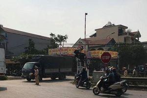 Hà Nội: Không quan sát khi qua đường sắt,1 phụ nữ bị tàu đâm trúng tử vong