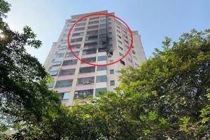Cháy căn hộ tầng 10 Làng quốc tế Thăng Long