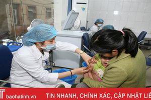 Phòng viêm phế quản phổi ở trẻ khi thời tiết thất thường