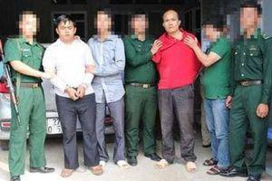 Bắt giữ 2 đối tượng, thu giữ 220 bánh heroin ở Điện Biên