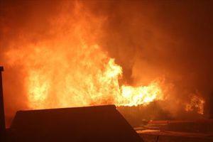 Cháy chợ Gián Khẩu gây thiệt hại hàng tỷ đồng