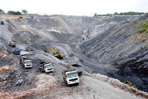 Sạt lở mỏ than tại Quảng Ninh: 4 công nhân tử vong