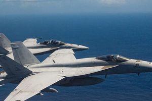 Nhật Bản cảnh báo về những 'trò hề thái quá' của phi công Mỹ
