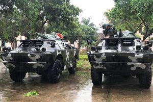 10 xe bọc thép đến vùng tâm bão Nakri sẵn sàng ứng cứu