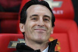 Arsenal sẽ không sa thải HLV Unai Emery