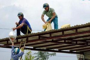 Miền Trung cấm biển, di dời trên 21.000 người dân tránh bão số 6