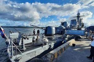 Philippines học Việt Nam gắn tên lửa cho tàu Pohang