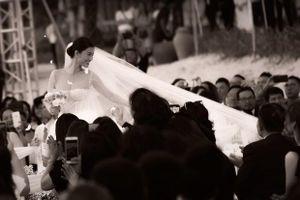 Váy cưới bồng xòe như công chúa trong đám cưới Đông Nhi - Ông Cao Thắng, 6 tháng để thực hiện