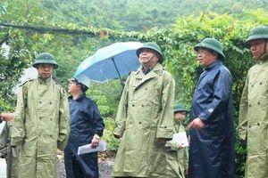 Thứ trưởng Bộ Nông nghiệp chỉ đạo phòng chống bão số 6 tại tỉnh Khánh Hòa