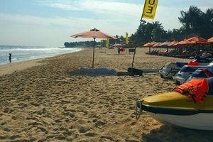 Tắm biển khi sóng lớn, 3 du khách nước ngoài bị đuối nước, 1 người tử vong