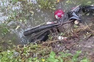 Thừa Thiên - Huế: Phát hiện nam thanh niên tử vong dưới mương nước