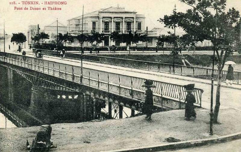Ảnh cực quý về nhà hát lớn Hải Phòng một thế kỷ trước