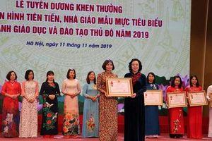 Hà Nội tuyên dương những nhà giáo ưu tú, nhà giáo mẫu mực năm 2019