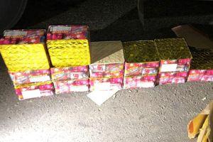 Đắk Lắk: Xe khách của nhà xe Diên Hồng vận chuyển pháo lậu