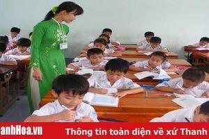 Tặng Bằng khen cho 282 tập thể và cá nhân thuộc ngành Giáo dục và Đào tạo