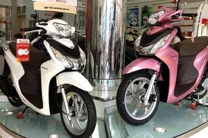 Doanh số xe máy của Honda Việt Nam tiếp tục giảm