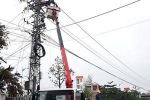 Khôi phục cấp điện toàn bộ cho 302.556 hộ dân tại miền Trung