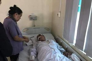 Cụ ông 80 tuổi bị lái xe ôm hành hung ở Hà Nội: 'Cậu ta dùng súng cao su bắn vào đầu và ngực tôi...'