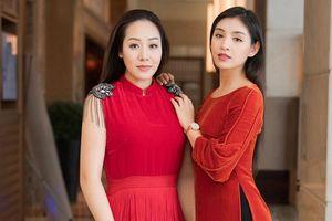 Tái xuất sau khi sinh con, Ngô Phương Lan rạng rỡ thử đồ để dự show thời trang