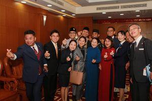 Lãnh đạo Quốc gia các nước tham gia SSEAYP 2019 'thả tim' cùng lãnh đạo TPHCM