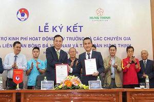 Tập đoàn Hưng Thịnh đồng hành cùng VFF trả lương cho HLV Park Hang-seo