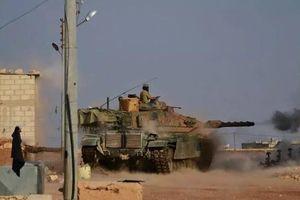 Dùng vũ khí hạng nặng, quân đội Syria và liên quân Thổ Nhĩ Kỳ giao tranh ác liệt