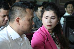 Hết muốn xử kín, bà Lê Hoàng Diệp Thảo lại có đơn xin tòa xử công khai vụ ly hôn